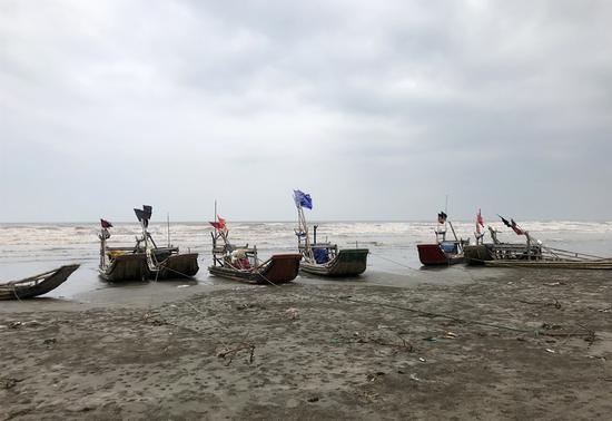 十一村海边的渔船。