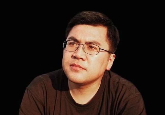 程巍   钻研员   中国社会科学院外国文学钻研所副所长