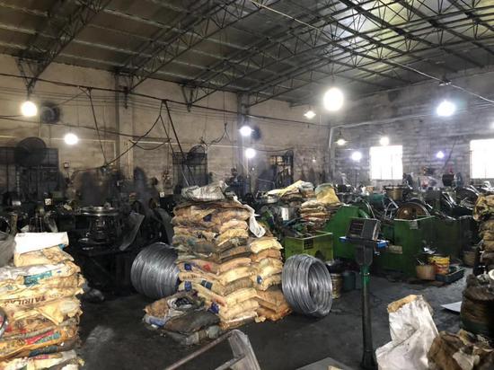 覃志钢做事的五金厂。逃亡期间他在这边做事了一年半,是厂里的杂工。新京报记者王翀鹏程摄