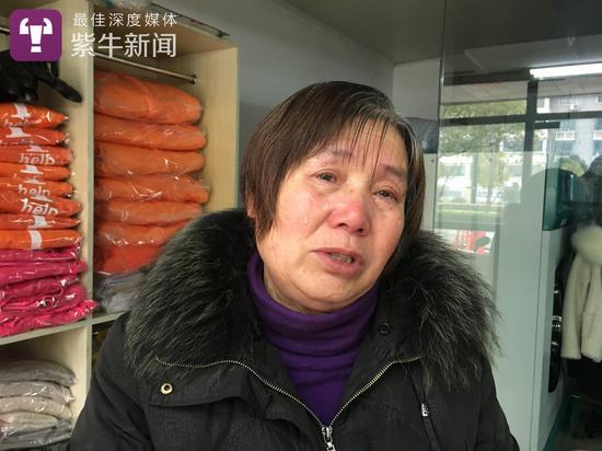 胡博文的外婆刘华容流着眼泪说,每次骗孩子,都十分揪心