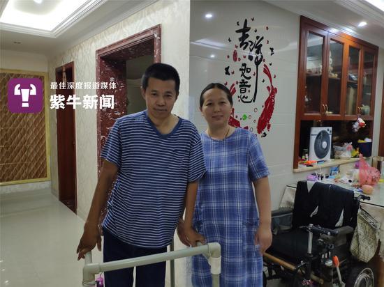 """海南""""黑老大""""被执行死刑:涉案20亿 原公安局长充当保护伞"""