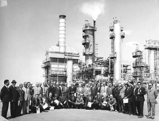▲英波石油公司在伊朗的员工