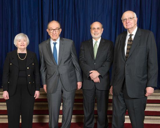 从左至右:耶伦,格林斯潘,伯南克,沃尔克