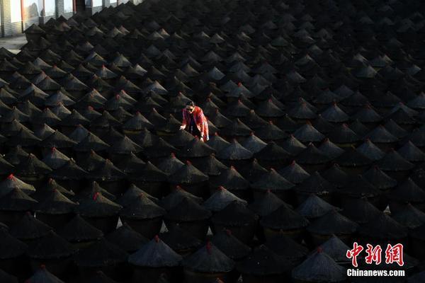 """网红江湖几周一个新格局 谁将成为下一个""""李子柒""""?"""
