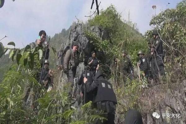 贵州混凝土公司发生滑坡,目前已搜救出9人尚有3人失联