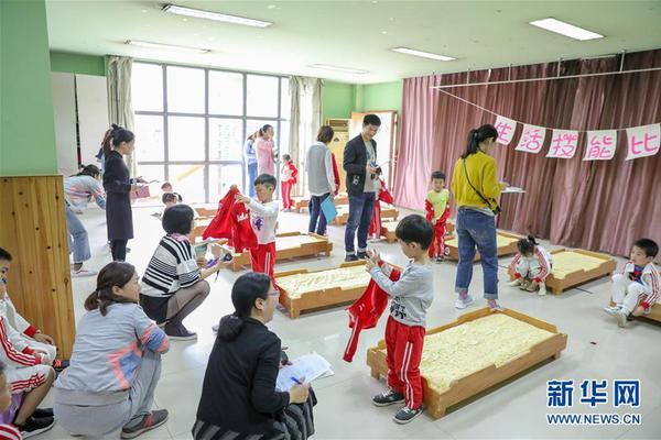 四川廣元跆拳道老師抱摔學生 校方:老師已停職絕不姑息