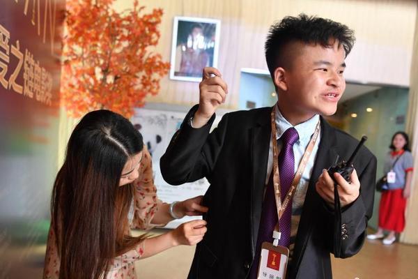 北约在波巴菲特回应比特币香港相继兴起长现患者