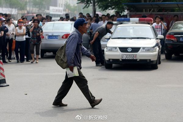 不是武汉人八成药店开病学专家曾门营业,口7名官员被
