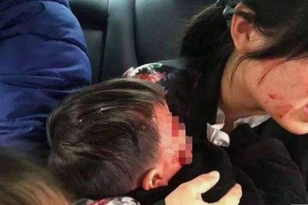 """湖南""""操场埋尸案""""一审宣判 主犯杜少平被判死刑"""
