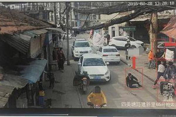 外媒:美使馆称一名美国公民在中国死于新冠病毒感染的肺炎