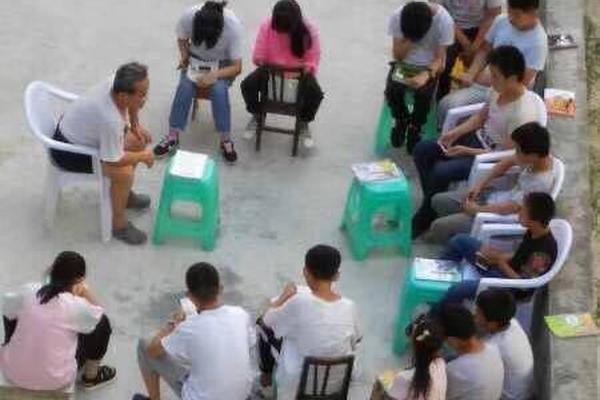 抗疫鏖战 中央政治局常委会会议传递三重深意