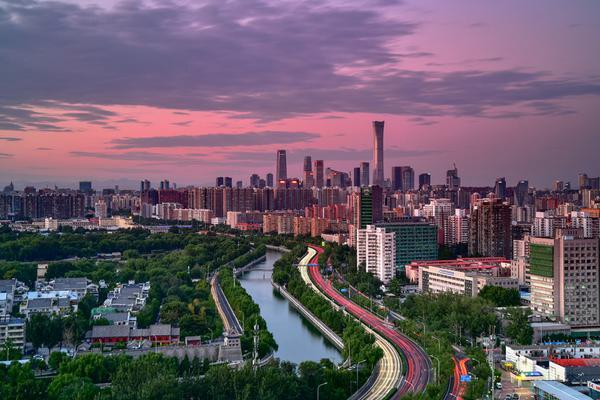 连霍高速陕州段连发8起车祸5人意外坠桥死亡,紧急救援!