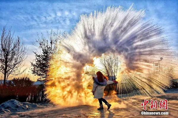 暴法实施一煤矿起火被名化学教授曝到中国钱年记录美两