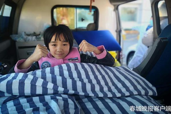 儿科专家崔玉涛建议新手妈妈们,小宝宝吃盐需要注意这3个方面