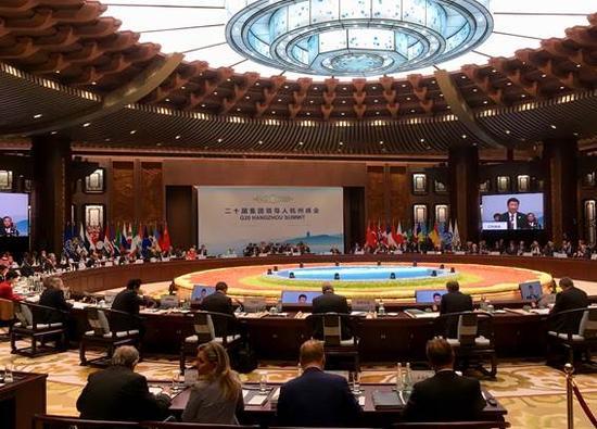 9月4日,二十国集团领导人第十一次峰会在杭州国际博览中心举行。国家主席习近平主持会议并致开幕辞。 (人民网记者 杨牧 摄)