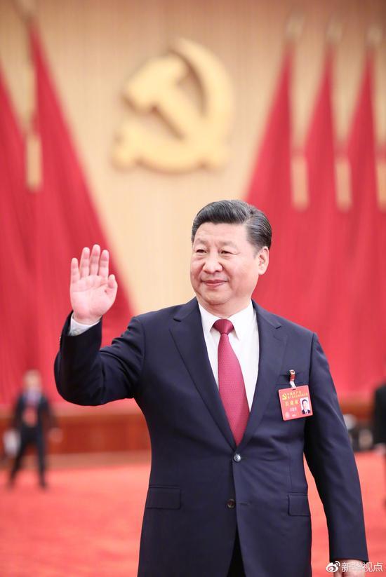 2017年10月25日下午,習近平等領導同志在北京人民大會堂親切會見出席黨的十九大代表、特邀代表和列席人員。新華社記者 蘭紅光 攝