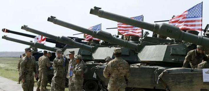 北约兵临城下!2万美国士兵接近俄罗斯 冷战重新开始