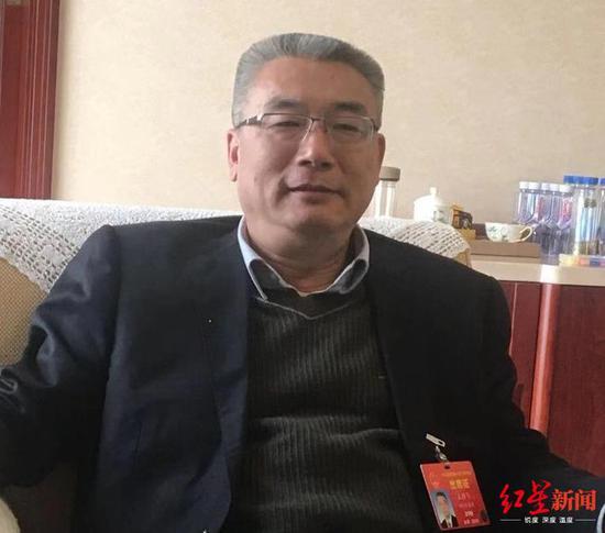 △全国人大代表、四川省纪委书记、省监委主任王雁飞