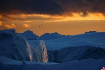夕阳下的格陵兰