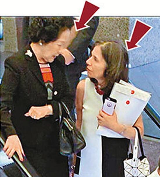 图:美国驻港澳总领事馆政治部主管Julie Eadeh于本月6日曾与陈方安生秘密见面。(来源:大公报)