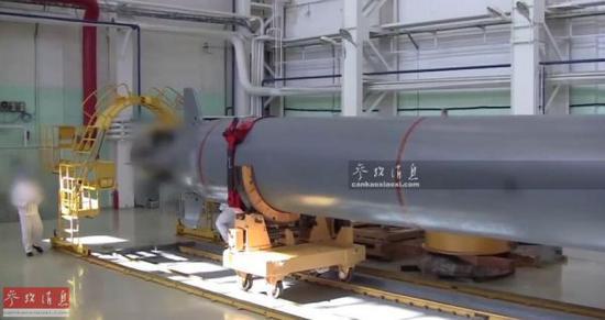 """资料图片:俄罗斯核动力潜航器""""波塞冬""""视频截图。"""
