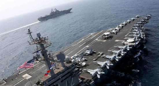 挑衅?美航母战斗群集结伊朗附近大搞模拟攻击(图)_德国新闻_德国中文网