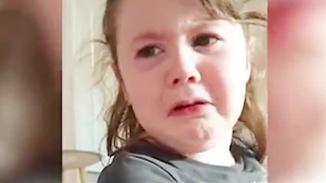 喜欢的中餐厅关门 英国小女孩崩溃大哭