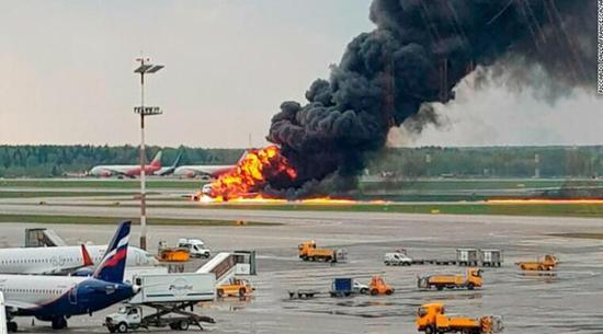 事故现场图 来源:CNN事故现场图 来源:CNN