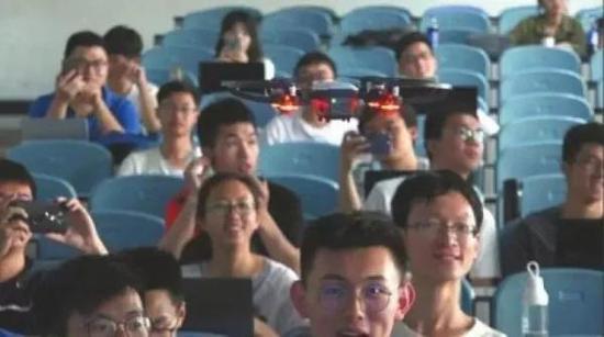 川大教授用改装无人机点名:表情识别技术已申专利