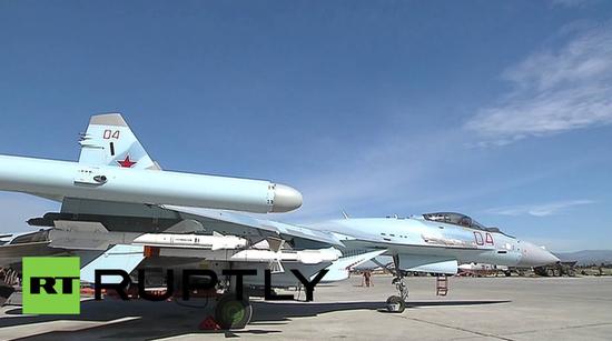 叙利亚赫梅明基地的苏-35 图源;RT