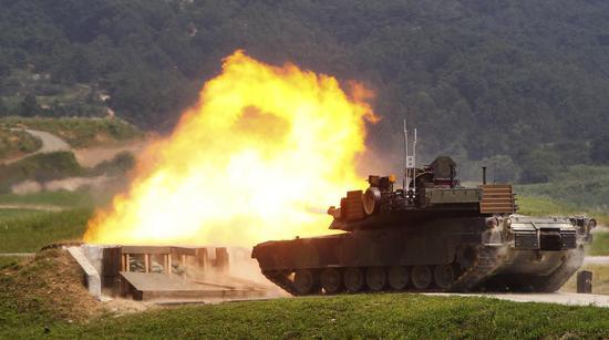 M1A2战车(图源:美联社)