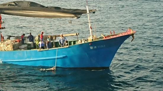 """""""莆湄21312号""""渔船图自澎湖海巡队"""