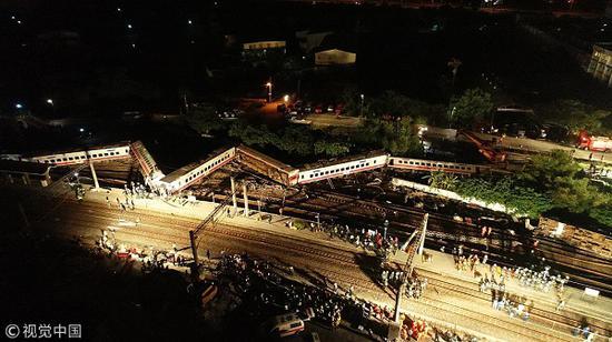 距台湾普悠玛列车翻覆事件发生已近2个月。(视觉中国)