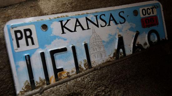 堪萨斯旧牌照 图自美联社
