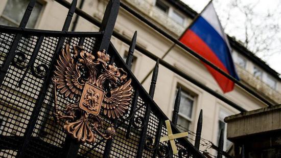 俄方:俄驻英大使馆网站遭黑客攻击 数据库被摧毁
