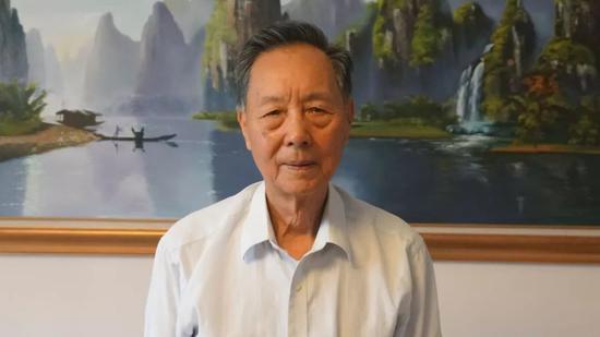 香港特区政府决定引用《紧急法》为禁蒙面立法