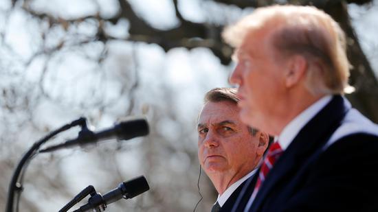 ▲巴西总统博索纳罗(左)同美国总统特朗普(右)共同出席信息公布会。 |原料图片