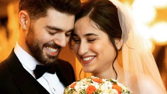 新婚夫妇戈尔吉与普扎拉比。来源:《华盛顿邮报》