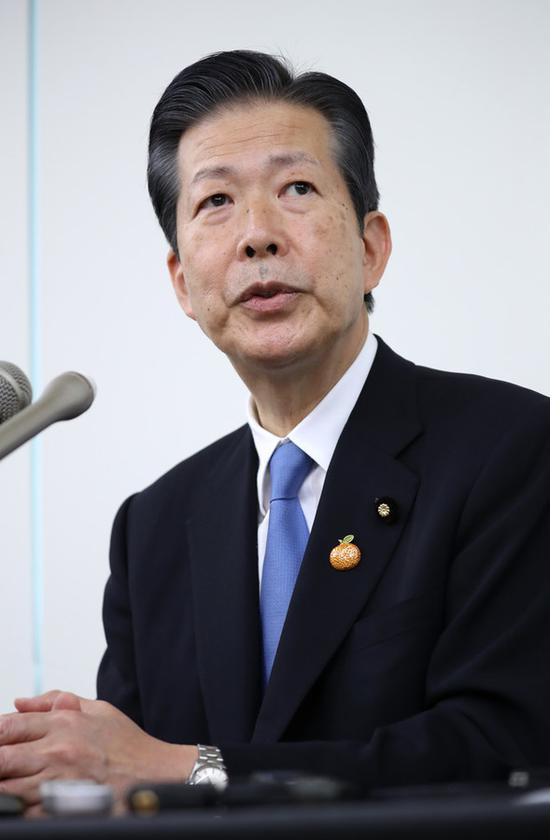 1日,山口那津男在公明党总部接受采访(时事通信社)