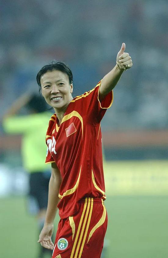 2007年9月20日,中国天津,女足世界杯D组比赛,中国队对阵新西兰队。张鸥影。