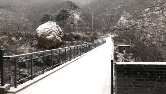 门头沟山间雪景。杨卓、王苗供图