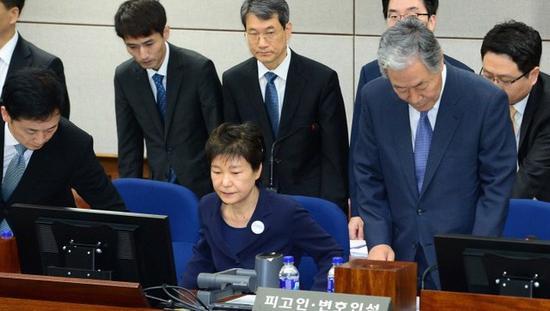 资料图:朴槿惠出庭受审