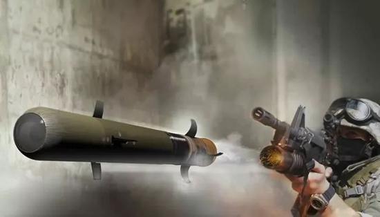 """▲美国雷神公司研发的""""长矛""""微型导弹,可利用下挂榴弹发射器直接发射。"""