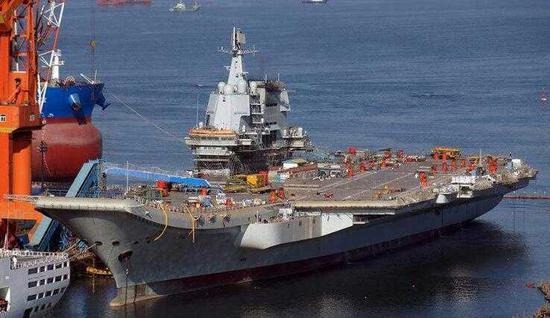 图为中国首艘国产航母