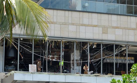 图为香格里拉饭店爆炸现场。(图:法新社)