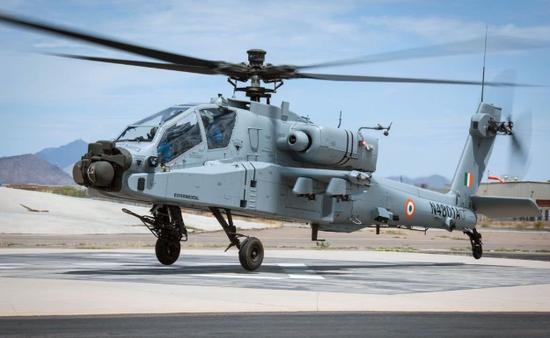 """印度空军的""""阿帕奇""""直升机,印度空军和印度陆军经常会为谁领导陆航力量争吵不休 图源:印度国防部"""