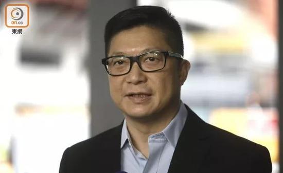 邓炳强出发前会见媒体 图源:东网