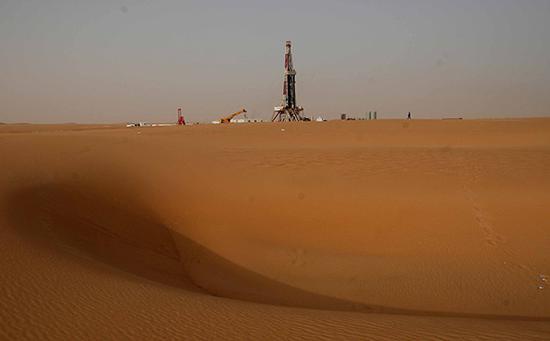 石油与政治:沙特的七伤拳及其背后的国际政治博弈沙特油价七伤拳