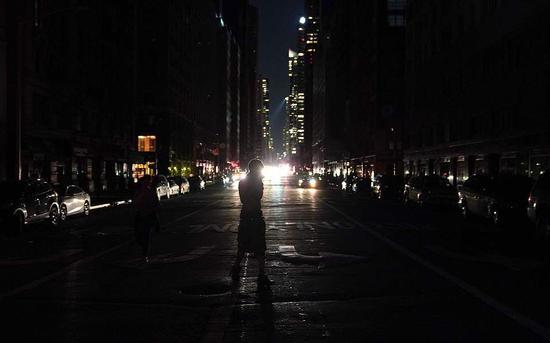 纽约大规模停电超3小时 州长称不可接受全面调查