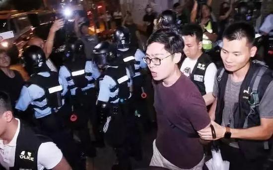 香港事件最新进展:多名乱港分子被捕